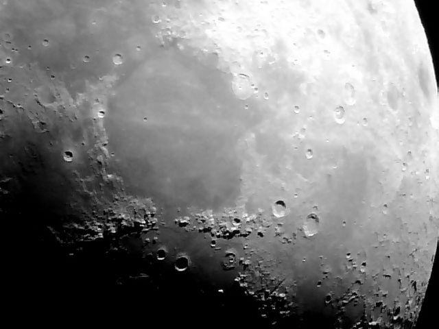 M4380 - Moon 20140309 C12G.jpg