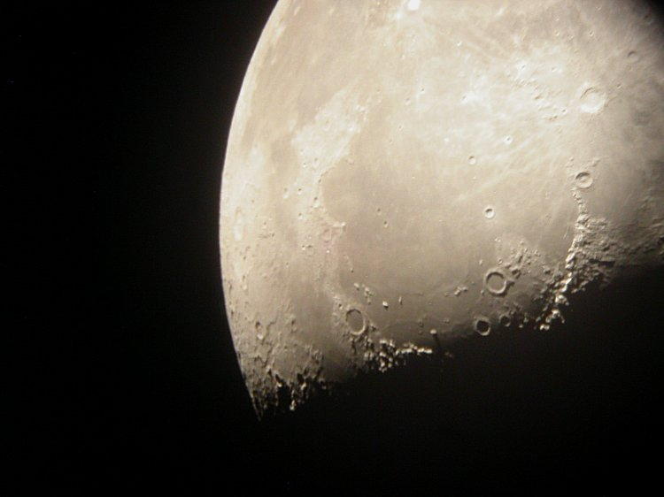 Moon - 052619c.jpg