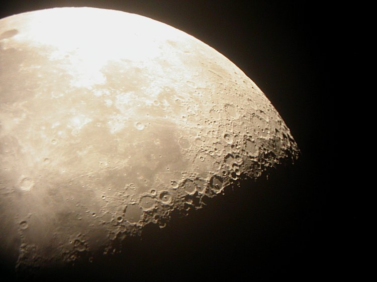 Moon - 052619.jpg