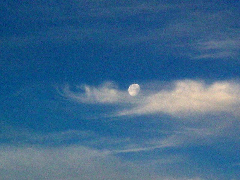moon-cloud cradle.JPG