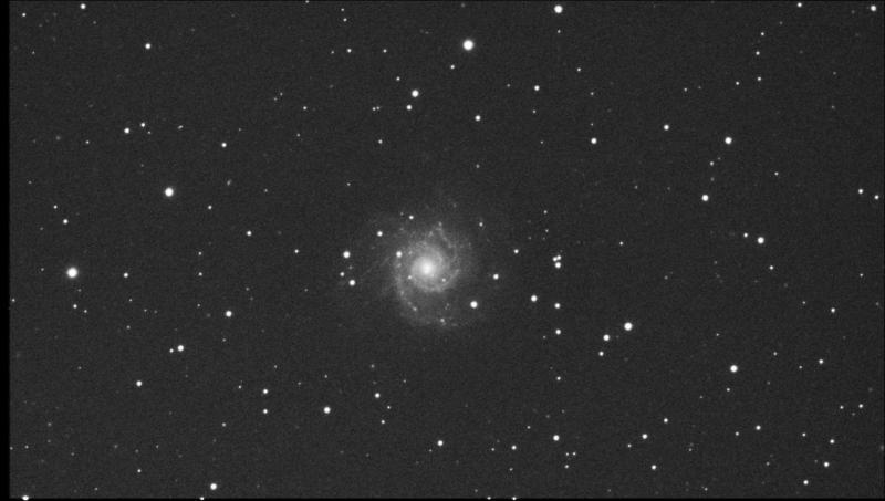 M74_f6.0_Light_Stack_24frames_15sec_RS_Bin1_19.1C_gain300_2020-11-12_203808.jpg