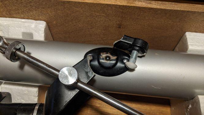 Jasson Explorer 60mm broken fork sm.jpg