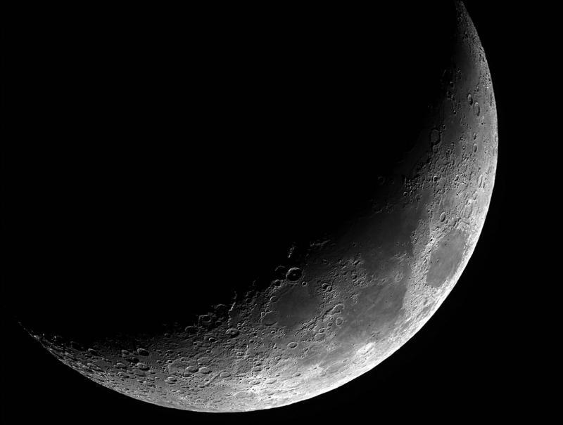 Moon-16May-CN.jpg