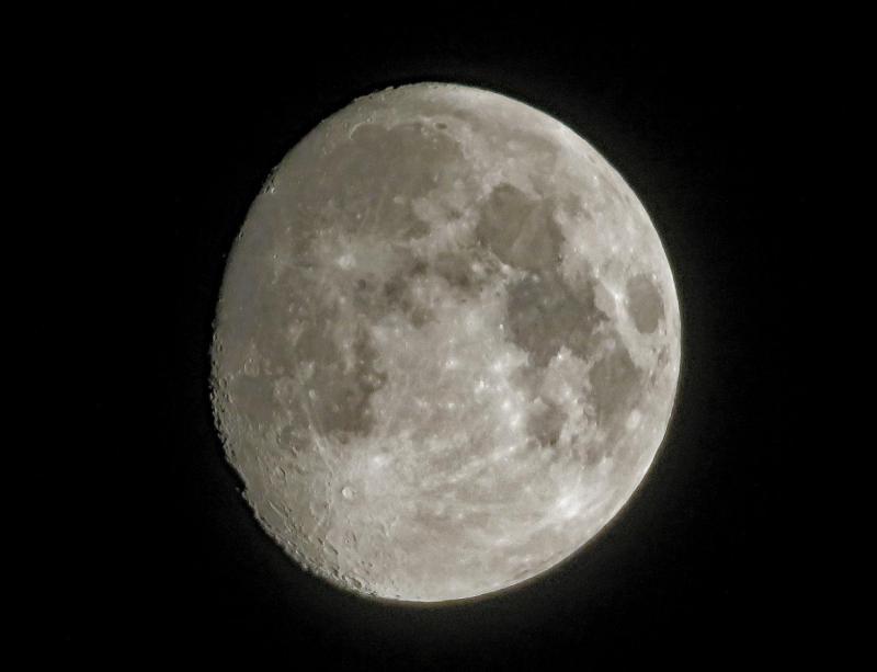 Moon IMG_8980 Reprocessed Resized 2500 CN.jpg