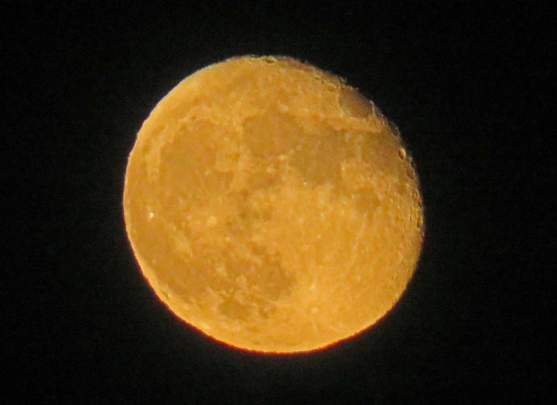 Rising Gibbous Moon IMG_9052 Processed Resized 2100 CN.jpg