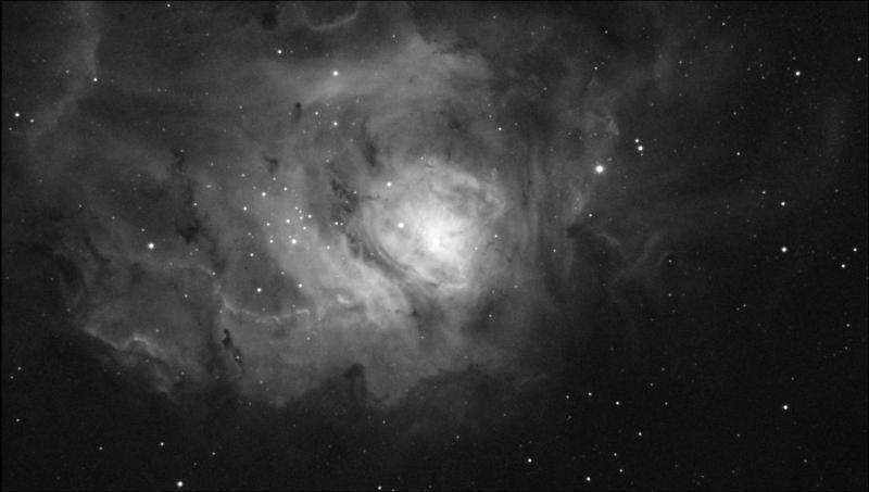 M8_Ha_f4.3_Light_Stack_12frames_25sec_RS_Bin1_23.8C_gain300_2021-06-25_234551.jpg