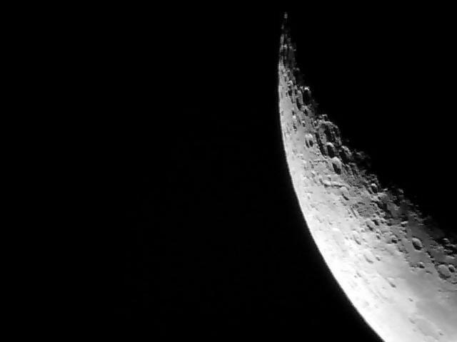 T191 - Moon CNG02.jpg