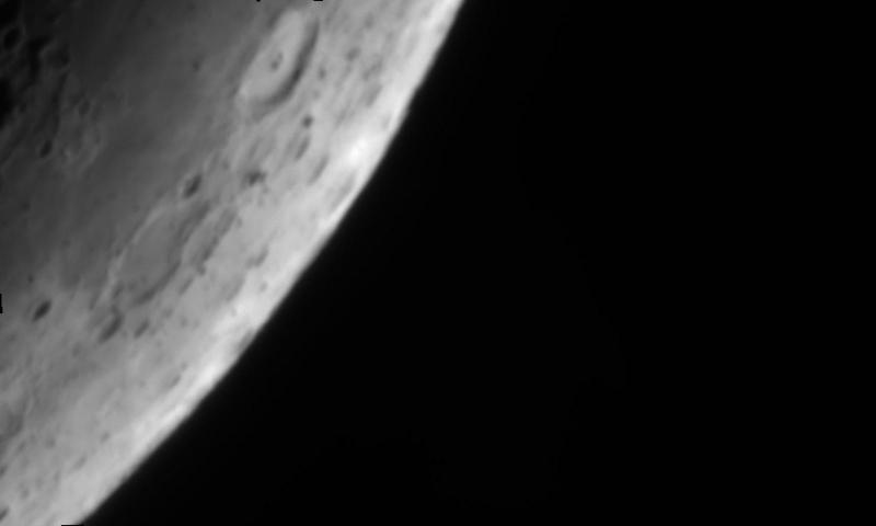 Moon_211609.jpg