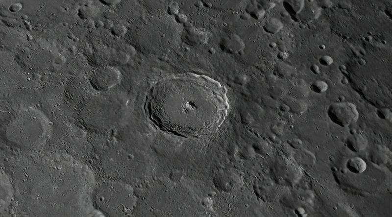 2021-06-21-1113_1-R-2_Moon_AS_P28_lapl5_ap764-DN_comp.jpg