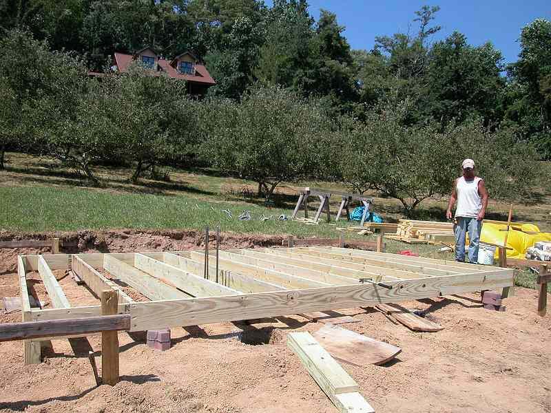 3920604-sized_OB construction 7-5 & 7-6 007.JPG