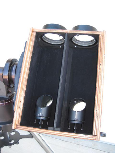 5303954-Bino Box inside.JPG