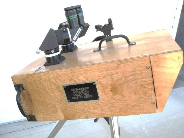 5303985-Bino Box plaque.JPG