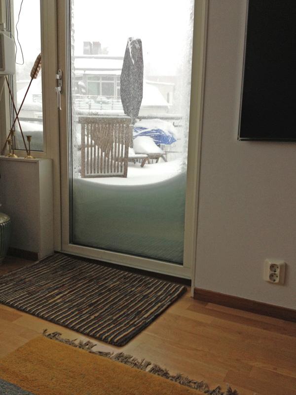 Snowbalcony2.jpg