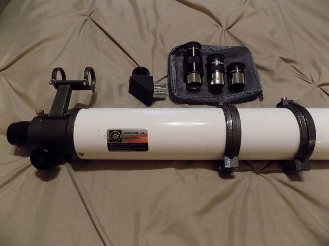 Meade 390 S02 - Unpacked (Eyepiece End).jpg