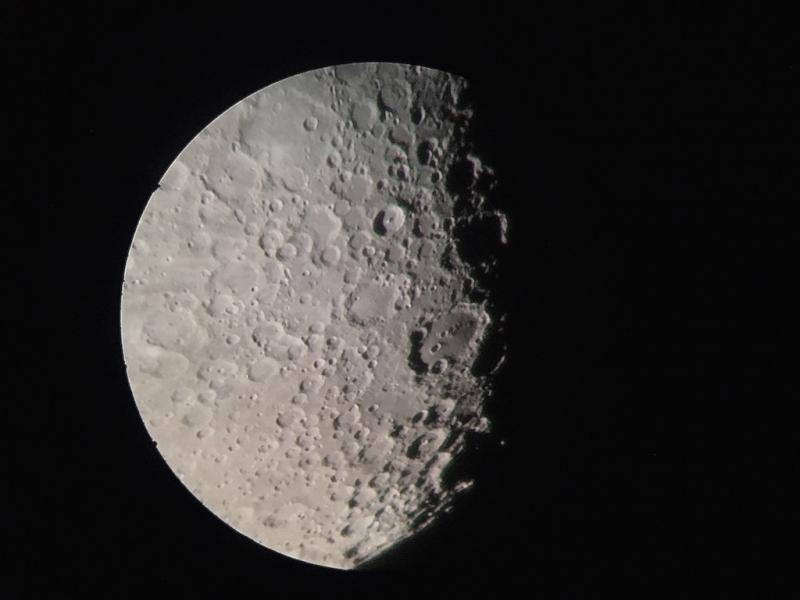 Moon2020-6-30-0210-60mmf-15iPhone.JPG