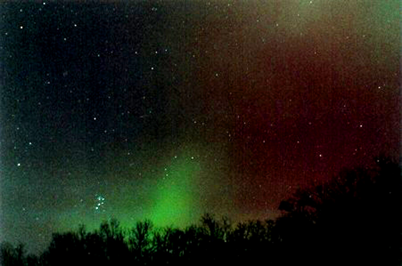 Aurora in the East with M45 Longfellow Road 11-20-2003 Reprocessed Resized 800 CN.jpg