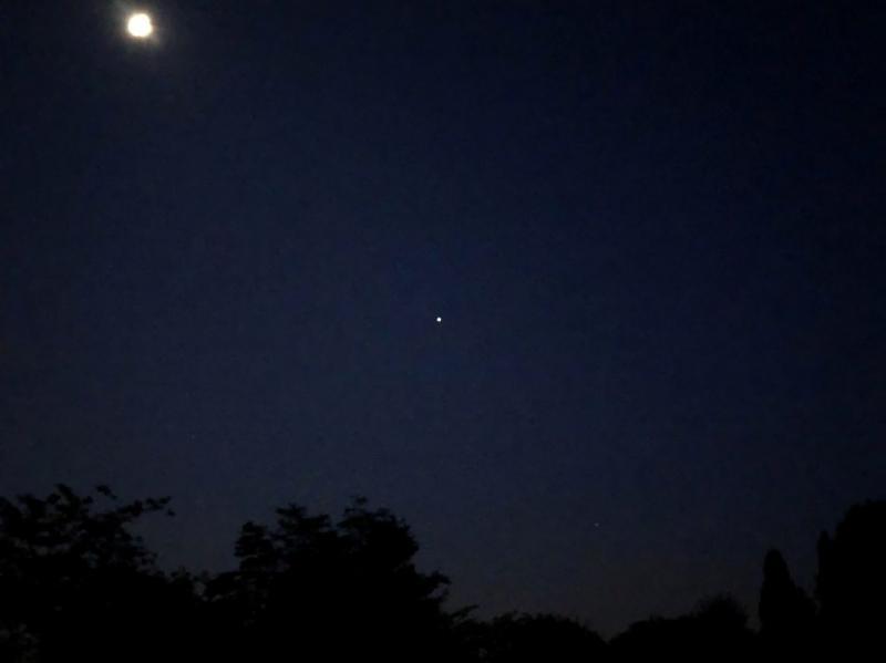 7-28-21 Moon-Jupiter-Saturn 534 AM EDT IMG-6301 sml.JPG