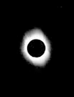 1998 Total Solar Eclipse Totality Reprocessed Cropped Resized 400 CN.jpg