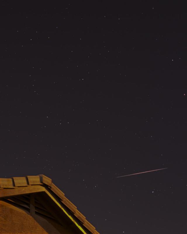 Meteor 4 cropped.jpg