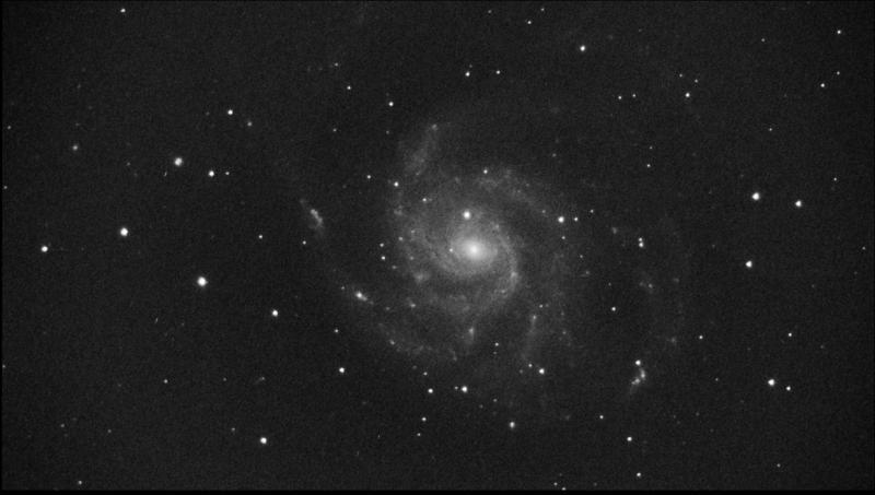 M101_f3.9_Light_Stack_19frames_25sec_RS_Bin1_30.2C_gain300_2020-07-16_235146.jpg