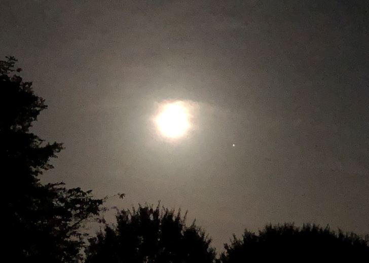 Saturn-Moon-Jupiter 339AM EDT 8-2-20 IMG-1349-sml.JPG