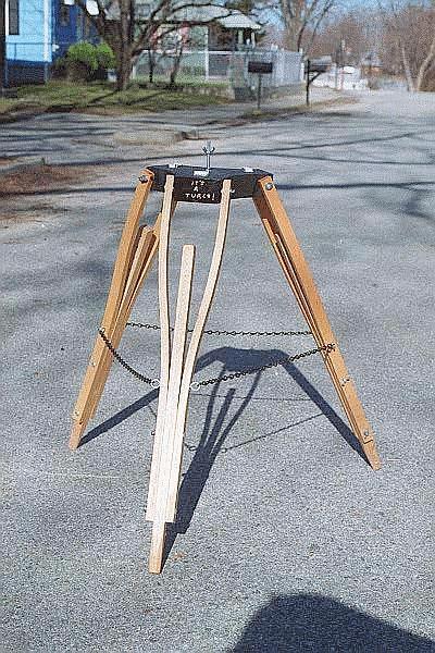 crutch_tripod.JPG
