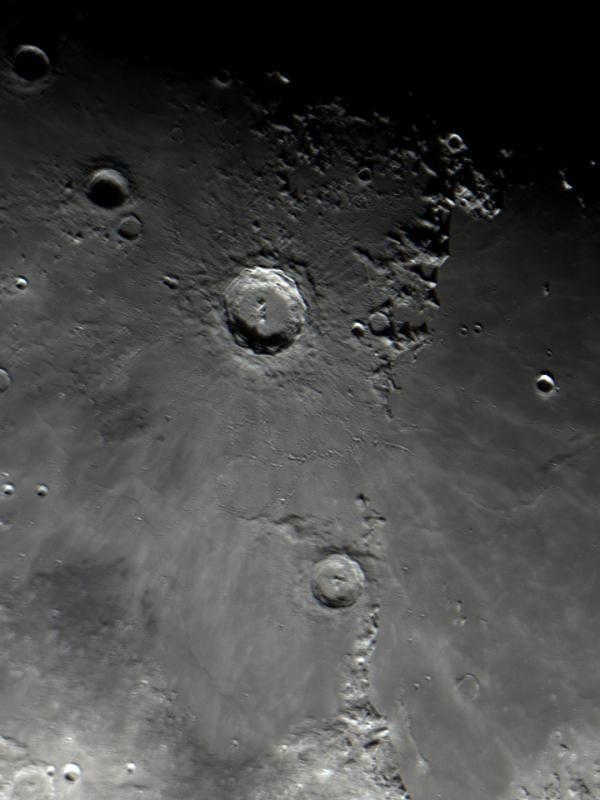 Moon_210037_g4_ap156.jpg