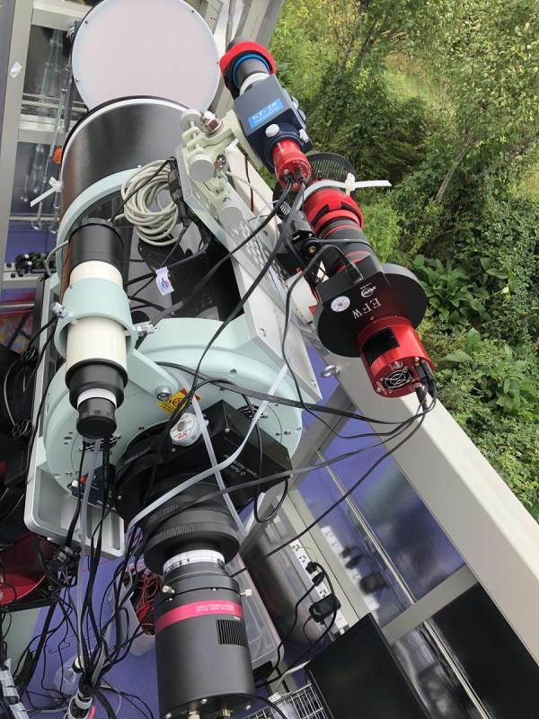 wo redcat on scope 1.jpg