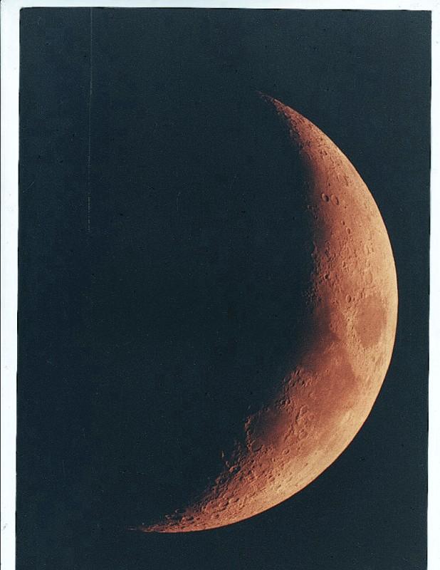 Moon 1B.jpg