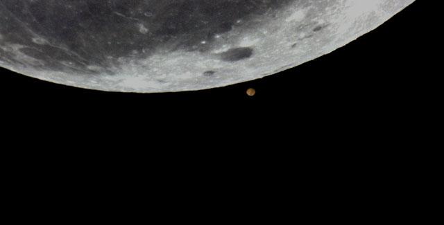 Moon-Mars Ocultation 20-09-05 - 2.jpg