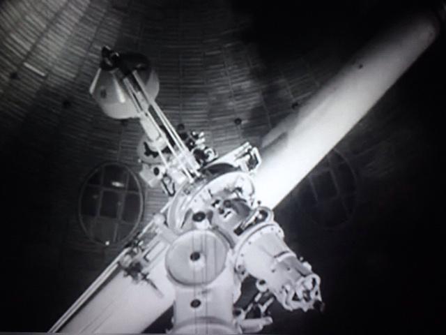 Babelsberg Sternwarte im Film Weltraumschiff 1.JPG