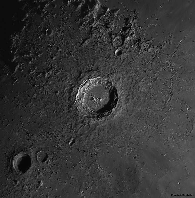2019-10-08-1541_5-RG610-Moon_l WV tu CN.jpg