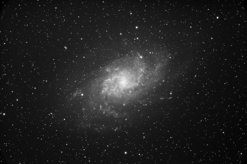 VOYAGER_M 33_10 13 2020_1x1_Luminance_300.000secs_00000127_c (1).jpeg
