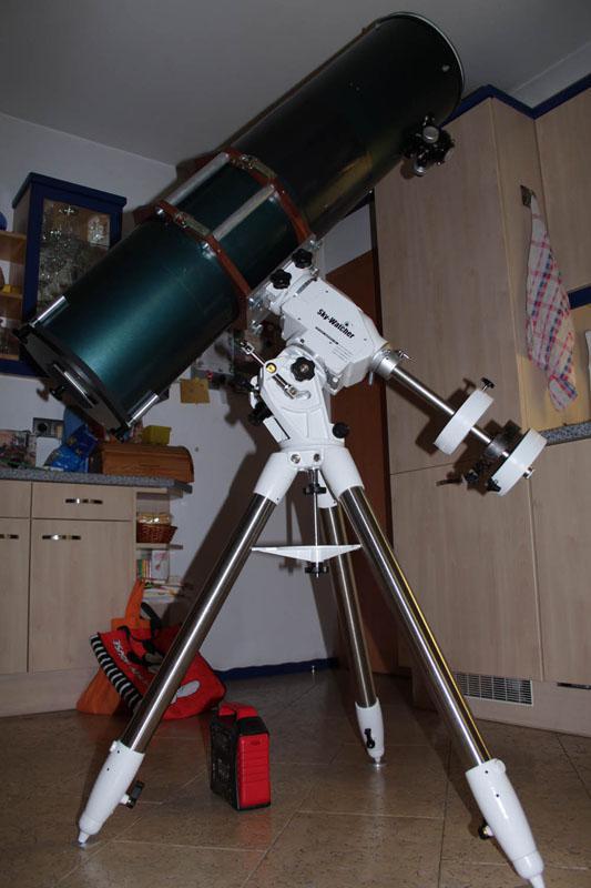 5528395-Skywatcherkl.jpg