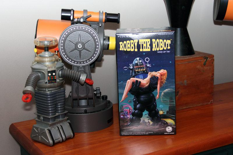 6197133-Robot-box-CN.jpg