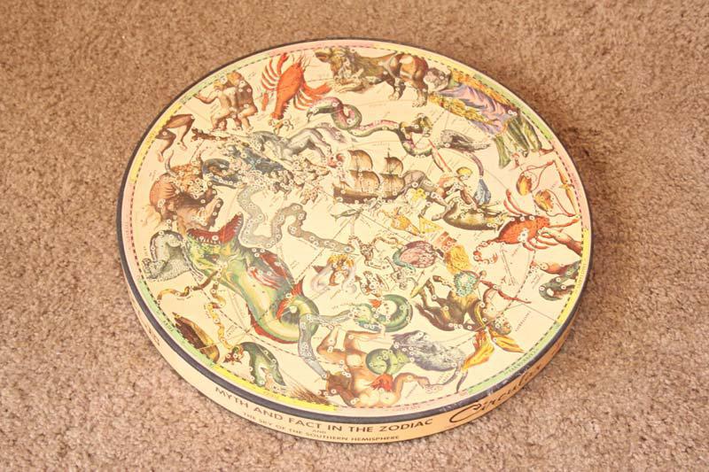 6197172-Zodiac-puzzle.jpg