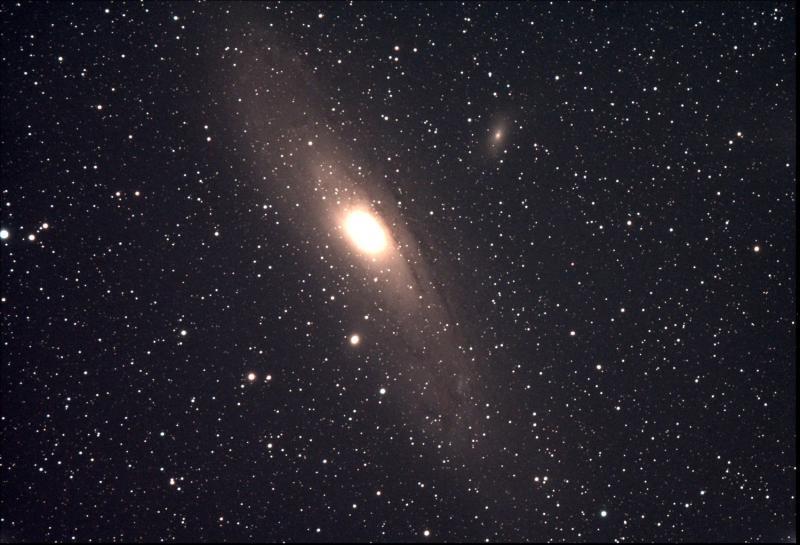 M31 Stack_9frames_270s.jpg