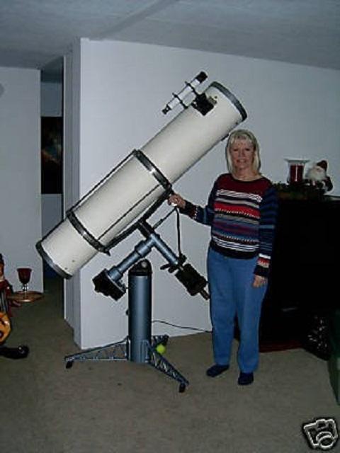 10-f6-cave-astrola-deluxe-telescope_1_8382cba2610b002a9b0cf92a4ceb497d.jpg