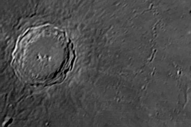 2020-11-26-0110_7-DWC-L-Moon__AP176M_AS_P1wA.jpg