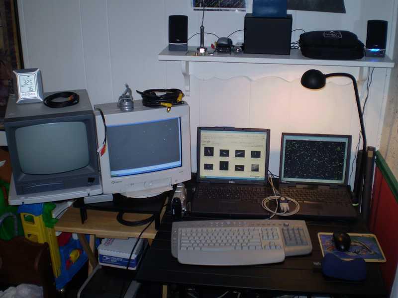 2047404-desk.jpg