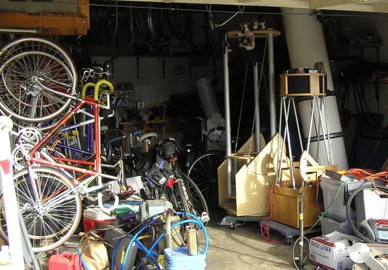 2052270-jon's garage Oct 2007.jpg