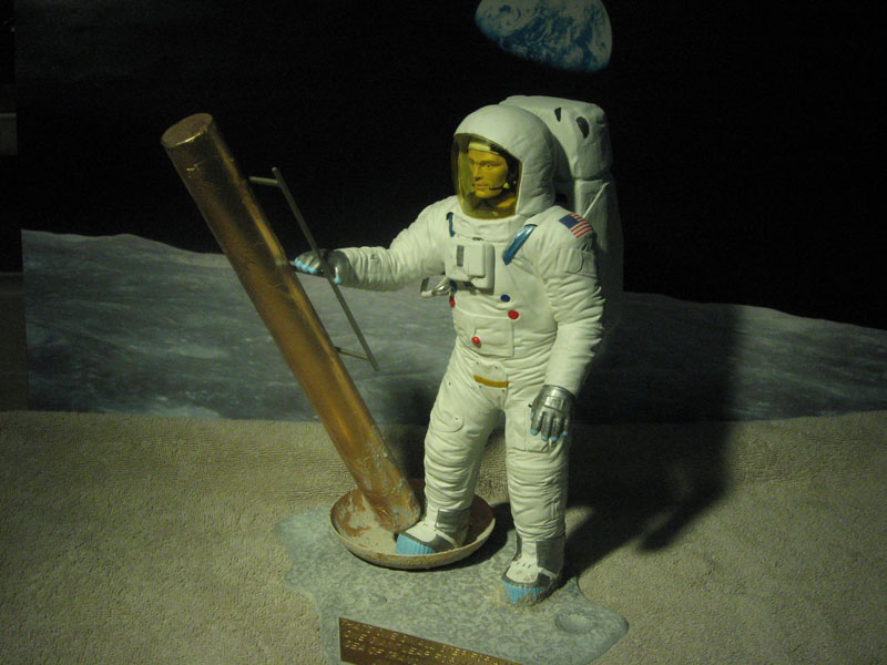 SPACEMAN-001.jpg