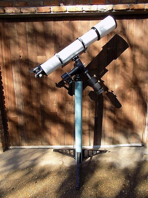 APM ED 152 S022 - Meade SF Pedestal.jpg