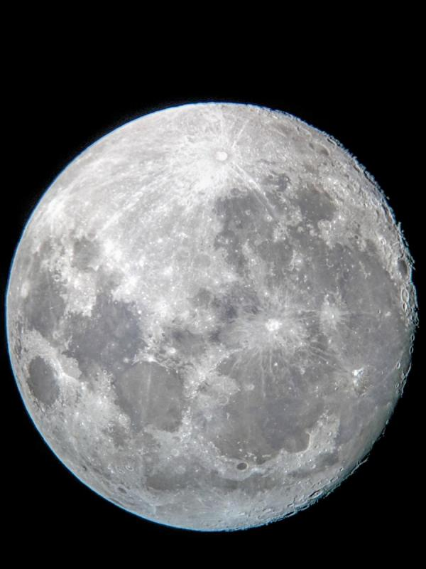 Nearly Full Moon.jpg