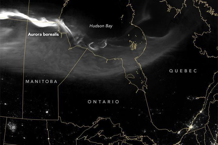NASA-satellite-spots-northern-lights-from-above.jpg