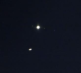 DSC06457 12-21-20 554 PM EST Jupiter Saturn sml.JPG