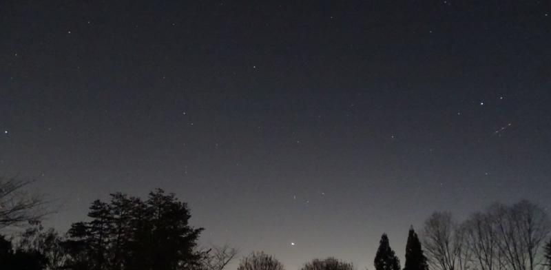 DSC06568 12-22-20 621 PM EST Jupiter Saturn Fomalhaut Altair sml.JPG